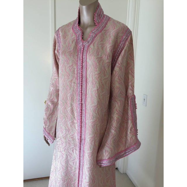 Elegant vintage designer Moroccan kaftan, embroidered with pink and silver trim. This chic Gypsy Bohemian maxi dress...