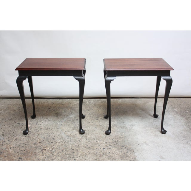Pair of Mahogany and Ebonized Walnut Chippendale-Style Tall End Tables For Sale - Image 4 of 13