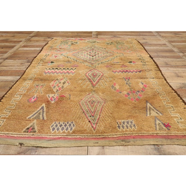 Textile Vintage Berber Moroccan Rug With Earth-Tone Colors - 05'01 X 08'05 For Sale - Image 7 of 10