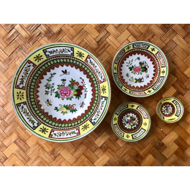 Chinese Famille Jaune Yellow Painted Floral Bowls - Set of 4 For Sale - Image 10 of 10