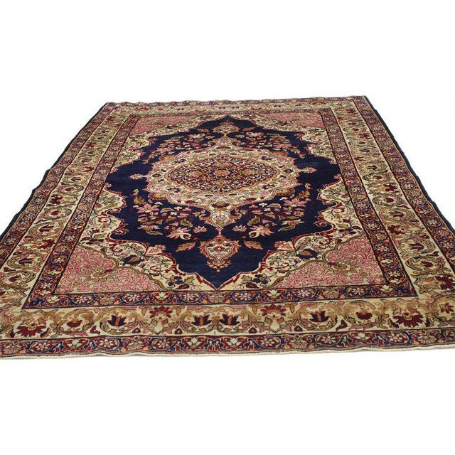 Art Nouveau Antique Persian Kermanshah Accent Rug with Traditional Style For Sale - Image 3 of 4