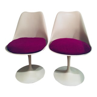 Tulip Chairs by Eero Saarinen for Knoll - A Pair For Sale