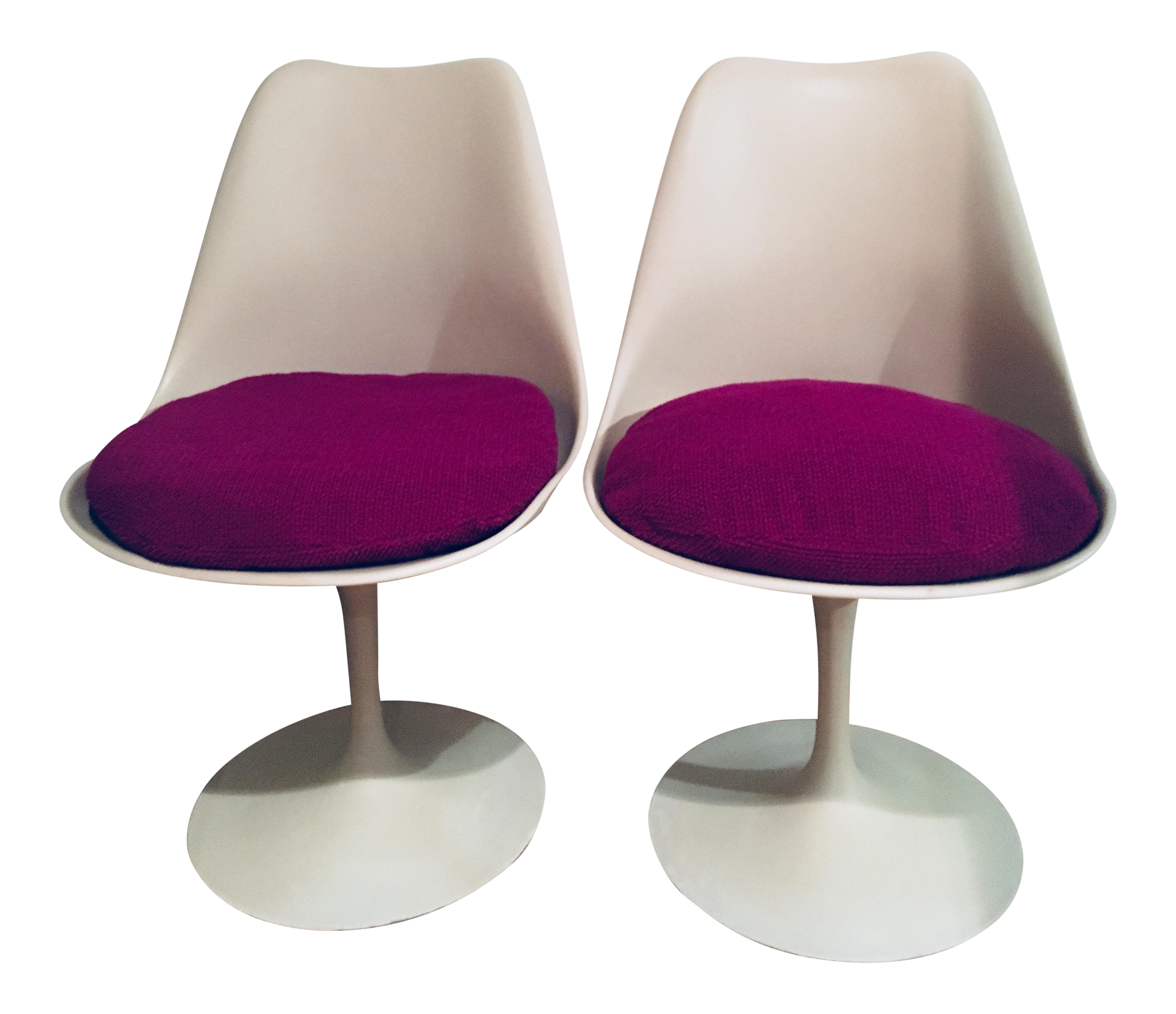 Tulip Chairs By Eero Saarinen For Knoll   A Pair