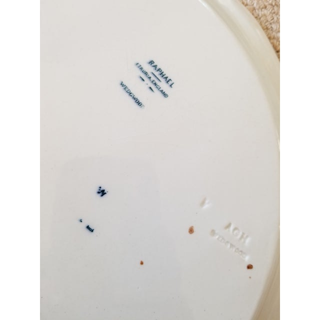 Nice set of three Wedgwood blue and white Platters in the Raphael pattern