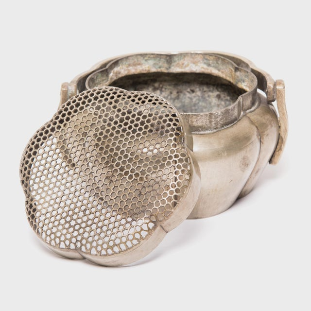 Mid 19th Century 19th Century Chinese Brass Gourd Form Brazier For Sale - Image 5 of 6