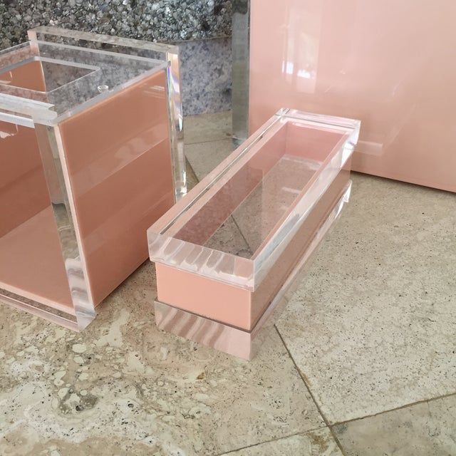 1970s 1970s George Bullio Signed Tan Lucite Organizing Accessories, MCM - 4 Pieces For Sale - Image 5 of 12