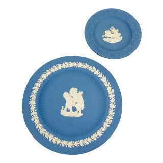 1960s Blue English Wedgwood Plates - Set of 2 For Sale