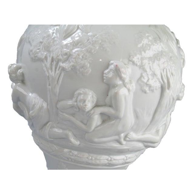 Capodimonte White Capodimonte Italian Porcelain Urn For Sale - Image 4 of 10