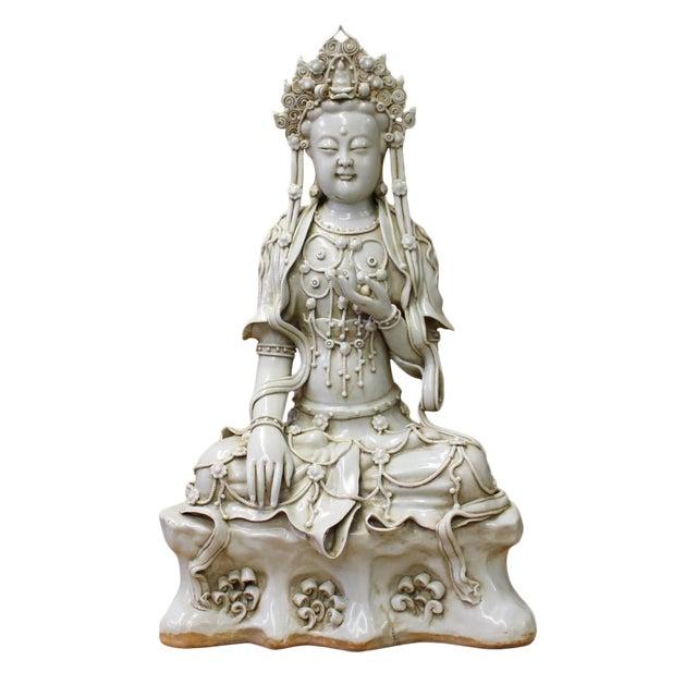 Chinese Tong Style Off White Porcelain Kwan Yin Tara Bodhisattva Statue For Sale
