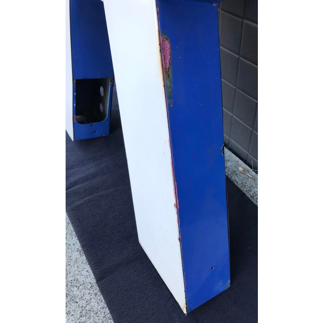 "Metal Large Vintage Blue & White Enamel ""R"" Building Signage For Sale - Image 7 of 11"