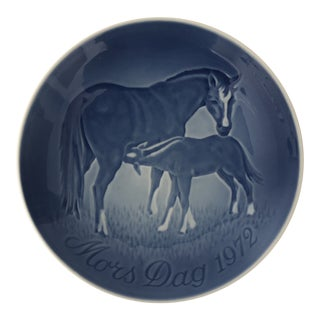 1972 Bing & Grondahl Mother's Day Plate, Mors Dag Mare and Colt For Sale