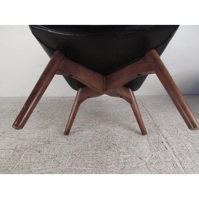 Mid-Century Style Wingback Lounge Chair With Ottoman For Sale - Image 9 of 9