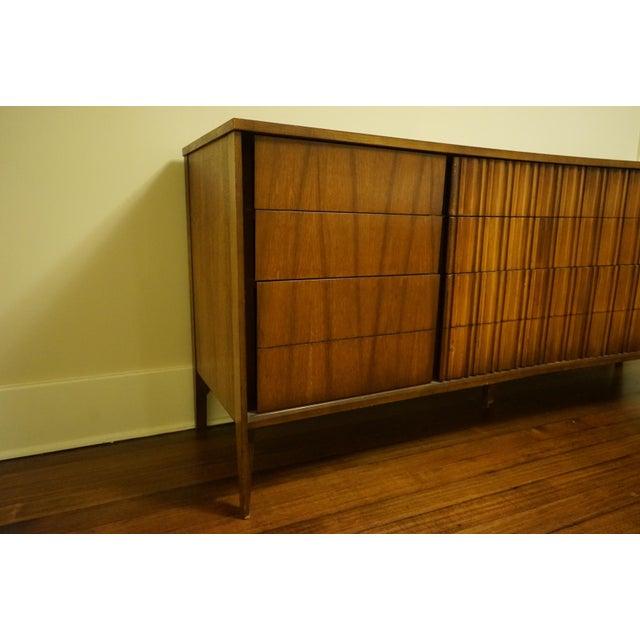 Mid-Century Modern 9-Drawer Dresser - Image 8 of 11