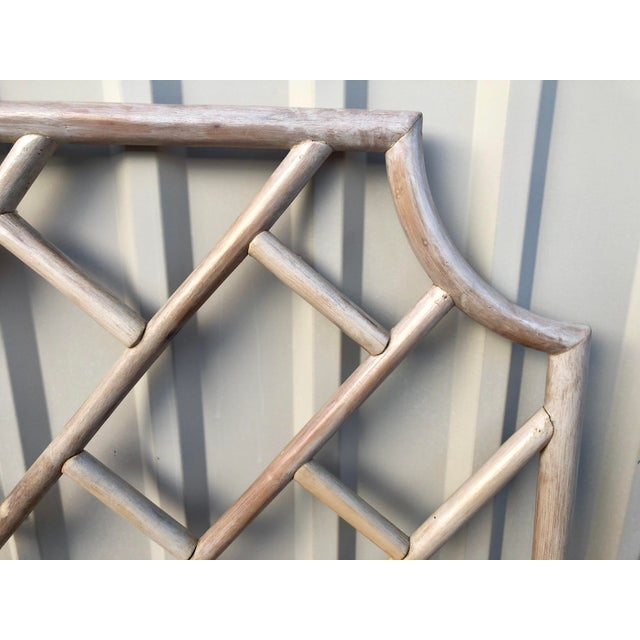 The glaze on these is fabulous! This whitewashed finish over natural bamboo creates a neutral that is to die for! Pagoda...