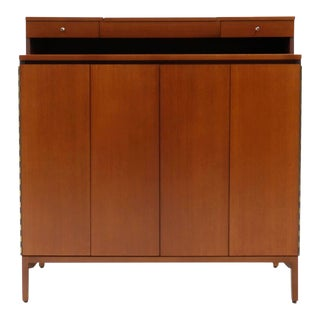 Mid-Century Modern Paul McCobb Tall Gentlemen's Chest With Jewelry Drawers and Flip Up Mirror For Sale