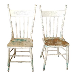 Pair of Painted Victorian American Kitchen Chairs C.1910 For Sale