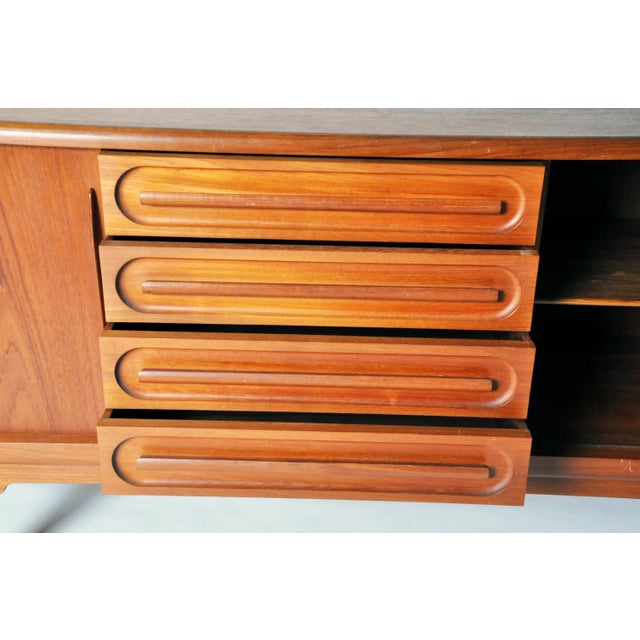 Brown Console with Four Drawers Attributed to Vamo Sonderborg For Sale - Image 8 of 12