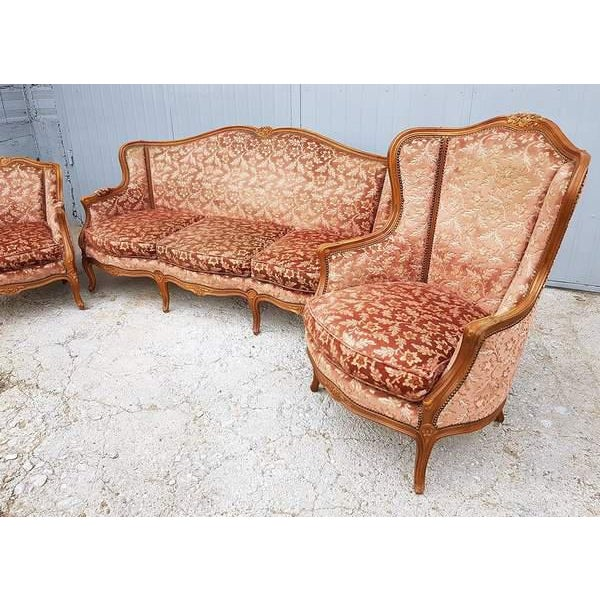 Mid 20th Century Pink Three Piece French Antique Louis XV Style Carved Parlor Suite Sofa Canape Loveseat For Sale - Image 5 of 13