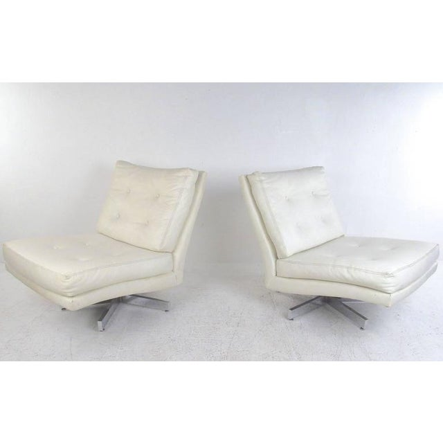 Milo Baughman Swivel Lounge Chairs for Thayer Coggin For Sale - Image 9 of 9