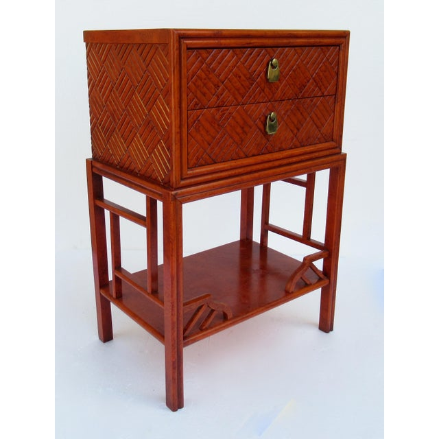 1970s C.1970s Vintage Chinoiserie Orange Lacquered Nightstand, Side/End Reading Table by Thomasville For Sale - Image 5 of 13