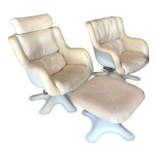 Yrjo Kukkapuro 418 Lounge Chairs Ottoman Haimi For Sale