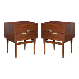Merton Gershun for American of Martinsville Accord Collection Nightstands - a Pair For Sale