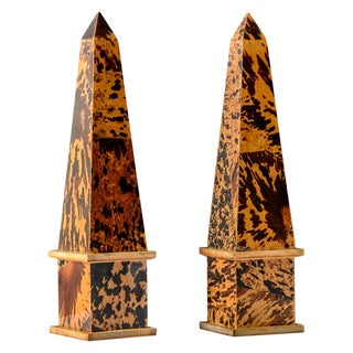 Vintage Pen-Shell or Coconut Shell & Wood Obelisks, A-Pair For Sale