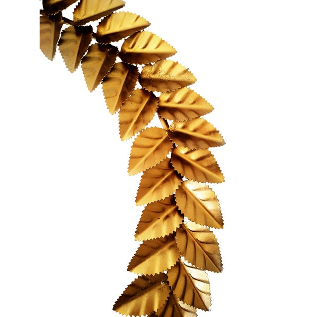 2020s Modern Metallic Gold Leaf Round Christmas Wreath For Sale - Image 5 of 6