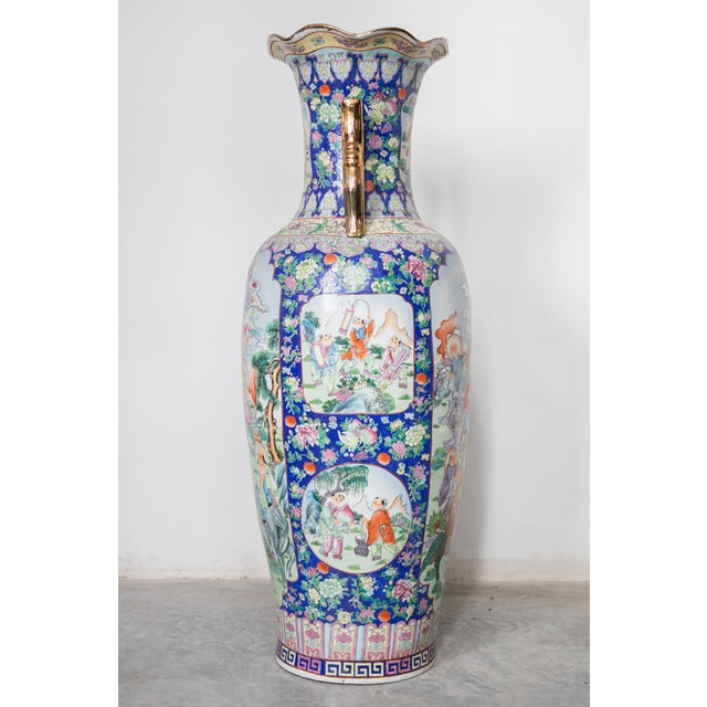 Asian Large Baluster Floor Vase of Chinese Canton Famille for European Market For Sale - Image 3 of 6