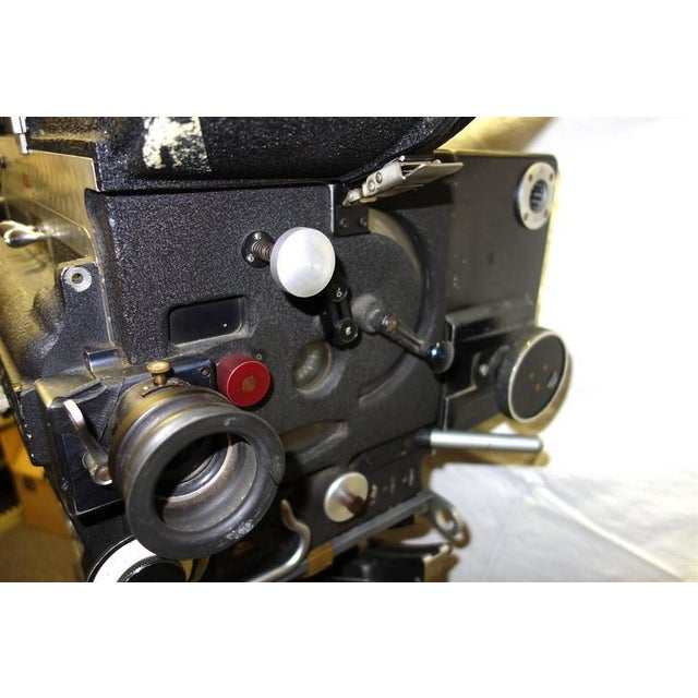 Rare Mitchell 35mm Antique Feature Cinema Camera Package As Sculpture For Sale In Dallas - Image 6 of 10