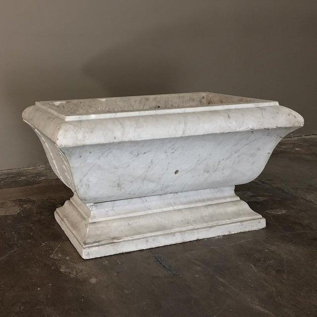 19th Century Louis XVI Carved Carrara Marble Neoclassical Planter For Sale - Image 9 of 11