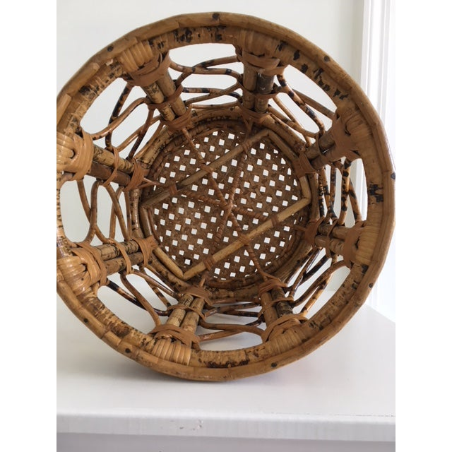 1970s 1970s Mid-Century Modern Tortoise Bamboo & Rattan Tabouret Side Table For Sale - Image 5 of 9