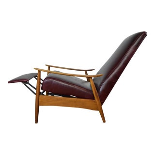 Milo Baughman for Thayer Coggin Mid Century Modern Recliner in Leather For Sale