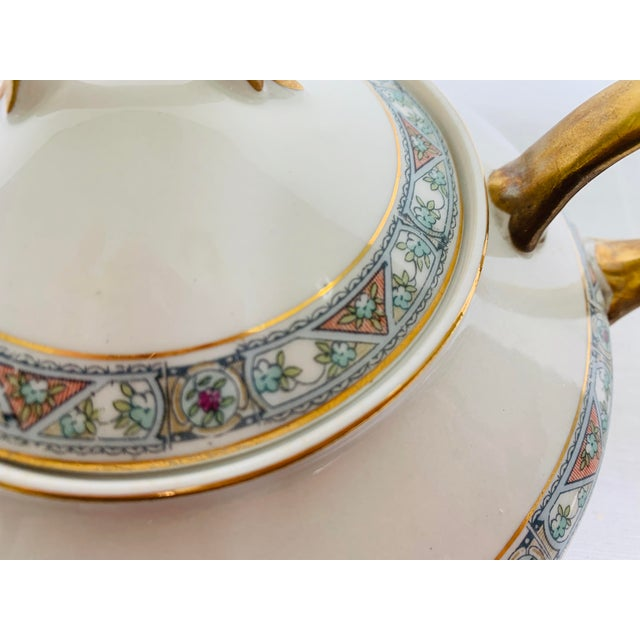 Traditional Antique 1920s Pope-Gosser Tea Pot For Sale - Image 3 of 8