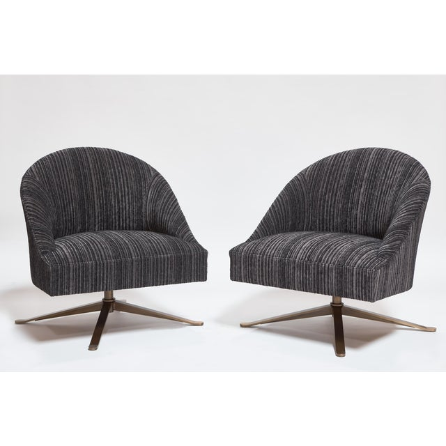 2020s Lee Industries Custom Swivel Chairs - a Pair For Sale - Image 5 of 5
