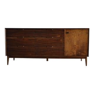 American of Martinsville Mid Century Modern 9 Drawer Walnut Dresser For Sale