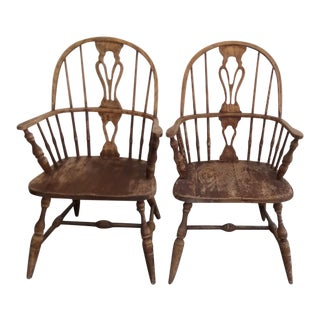 Colonial Pennsylvania House Cottage Chairs - A Pair For Sale