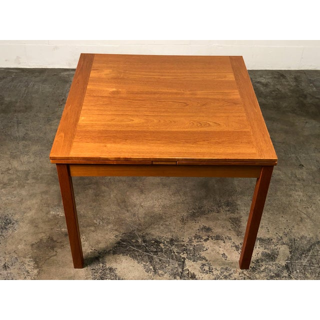 Mid-Century Modern Beautiful Teak Mid-Century Style Expandable Dining Table With 4-Chairs For Sale - Image 3 of 11