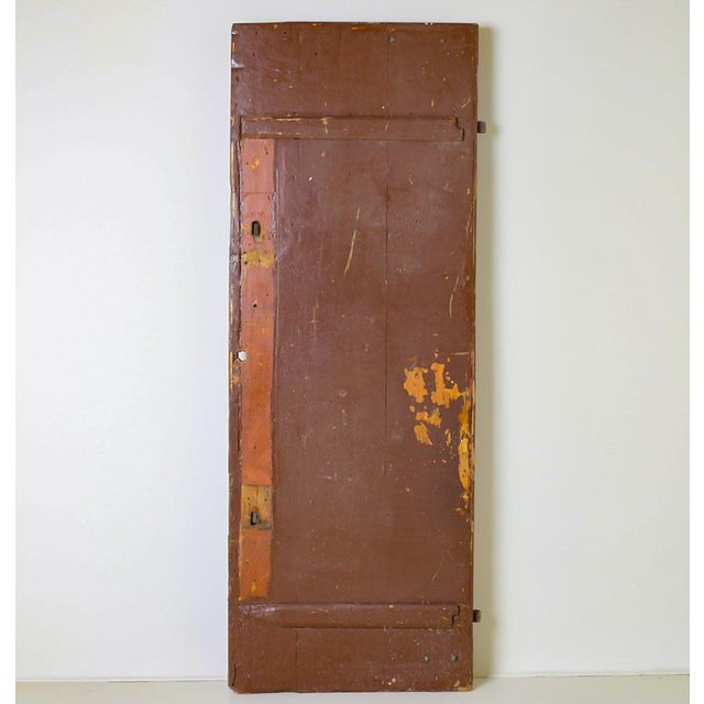 Old doors are finding new life and purpose in modern homes today, and this one will make a great addition due to the...