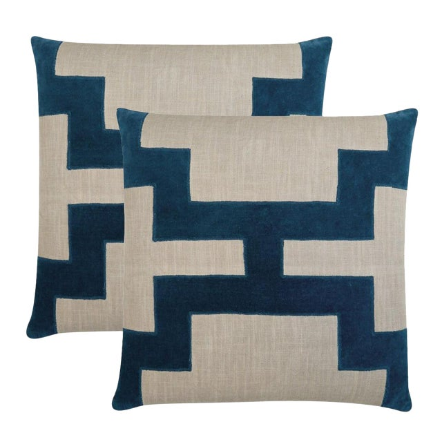"""Contemporary Piper Collection Blue Velvet """"Catie"""" Pillows - a Pair For Sale - Image 3 of 3"""