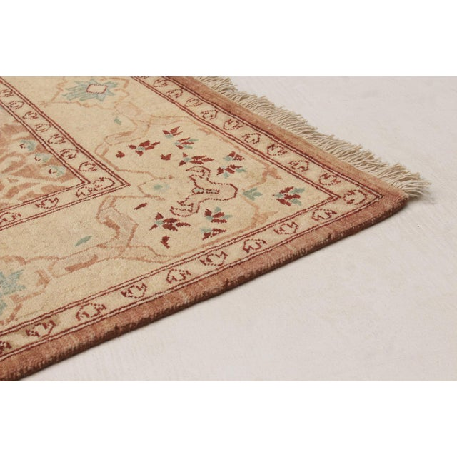 """Transitional Classic Hand-Knotted Rug, 5'2"""" X 7'6"""" For Sale - Image 3 of 5"""