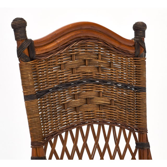1940s English Wicker Chairs and Table Set For Sale - Image 5 of 10