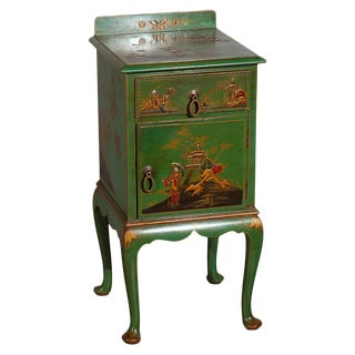 Early 20th Century Chinoiserie Decorated Night Stand For Sale