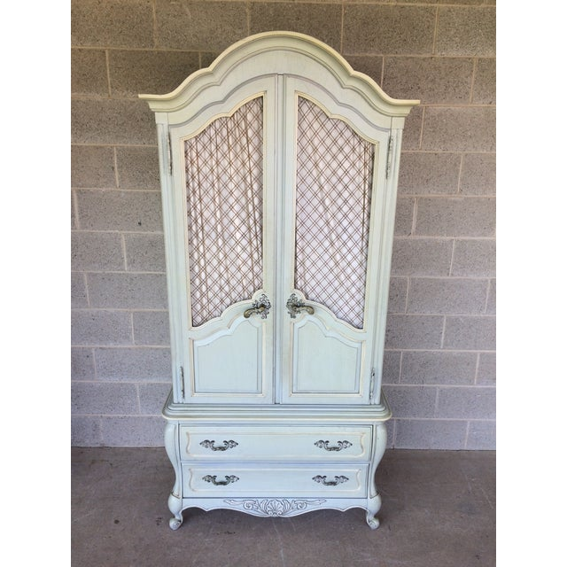 Hickory White Company French Provincial Armoire, Very Good Vintage Furniture Condition. Features 6 Dovetail Drawers with 4...