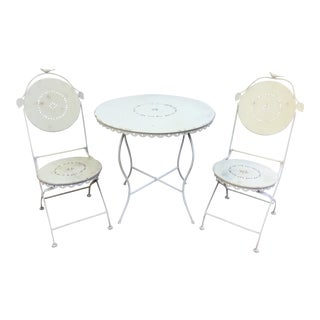 Vintage White Iron Outdoor Patio Set For Sale