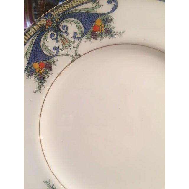 Royal Worcester Royal Worcester Porcelain Dinner Plates - Set of 12 For Sale - Image 4 of 12