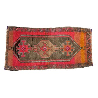 "Vintage Distressed Oushak Rug Mat - 1'6"" X 2'11"" For Sale"