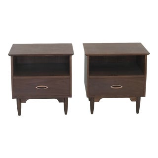 Mid Century Modern Vintage Nightstands-A Pair For Sale