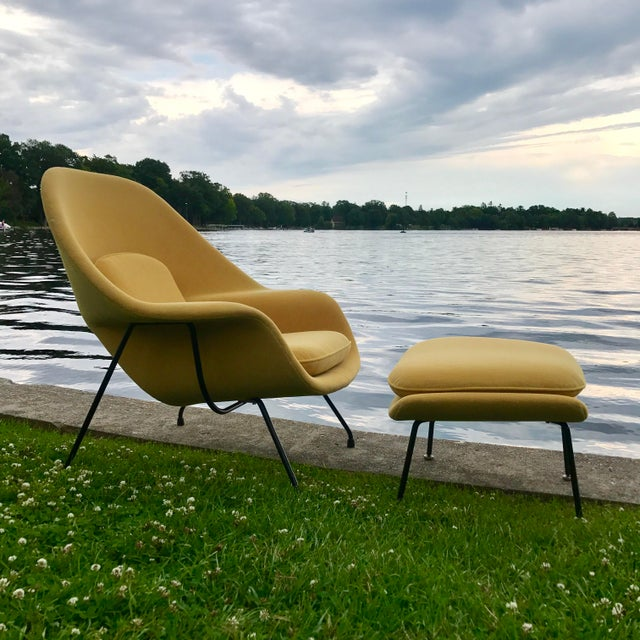Eero Saarinen for Knoll Womb Chair & Ottoman - Image 6 of 10