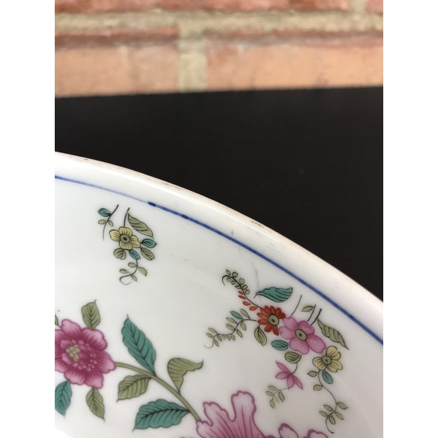 1970s Vintage Tobacco Leaf Large Porcelain Serving Bowl For Sale - Image 9 of 11